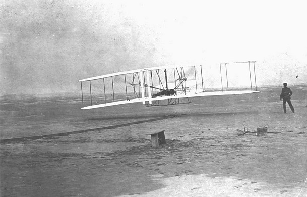 First powered flight, Wright brothers, December 1903